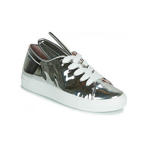 Minna Parikka ALL EARS women's Shoes (Trainers) in Silver