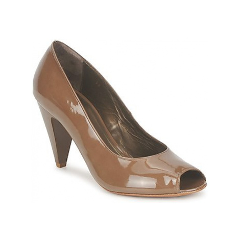 Espace LEON women's Court Shoes in Brown