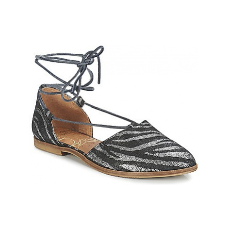 Coqueterra BICHONA women's Sandals in Black