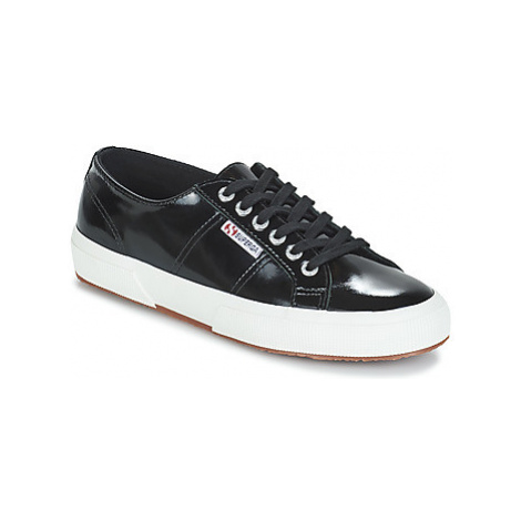 Superga 2750-LEAPATENTW women's Shoes (Trainers) in Black
