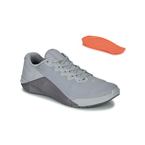 Nike METCON 5 men's Trainers in Grey