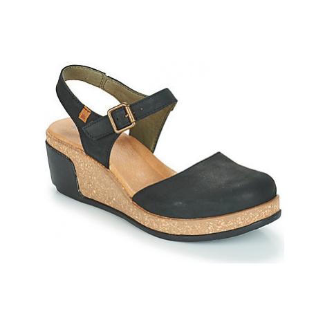 El Naturalista LEAVES women's Sandals in Black