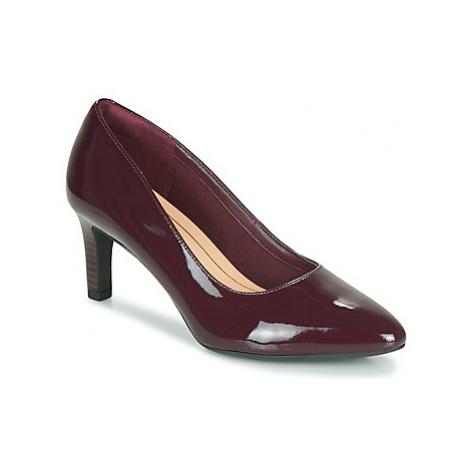 Clarks CALLA ROSE women's Court Shoes in Bordeaux