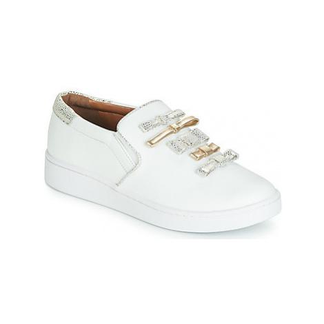 Cristofoli JOLA women's Slip-ons (Shoes) in White Cristófoli