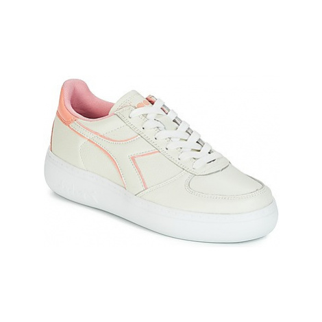 Diadora B.ELITE L WIDE WN women's Shoes (Trainers) in White