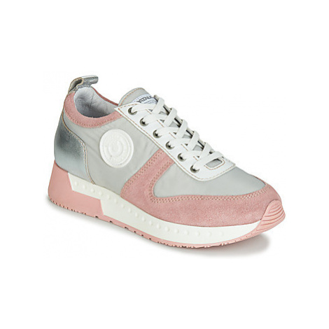 Pataugas TESSA women's Shoes (Trainers) in Grey