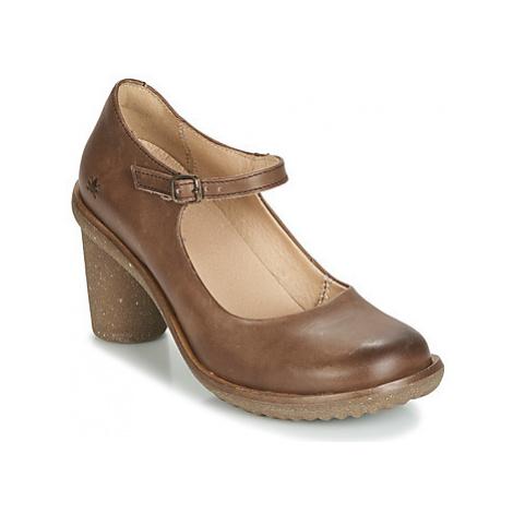 El Naturalista TRIVIA women's Court Shoes in Brown