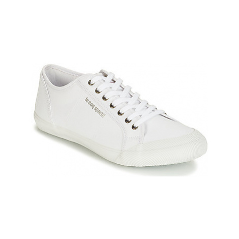 Le Coq Sportif COURTACE SPORT men's Shoes (Trainers) in White