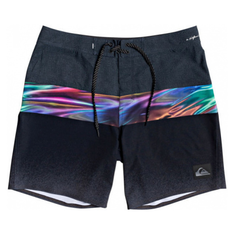 Quiksilver HIGHLINE HOLD DOWN 18 black - Men's swim shorts