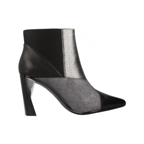 United nude ZINK PATCH HI women's Low Ankle Boots in Black