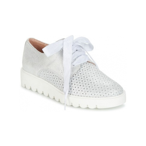Acebo's MAPLATA girls's Children's Casual Shoes in Silver