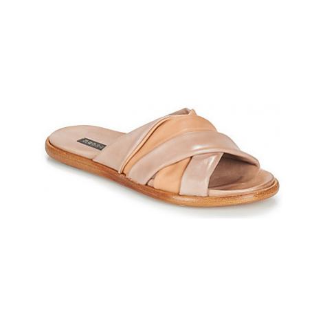 Neosens AURORA women's Mules / Casual Shoes in Beige
