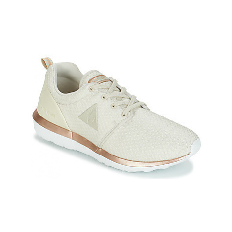 Le Coq Sportif DYNACOMF W SPORT women's Shoes (Trainers) in Beige