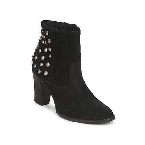 Meline CASCIA women's Low Ankle Boots in Black