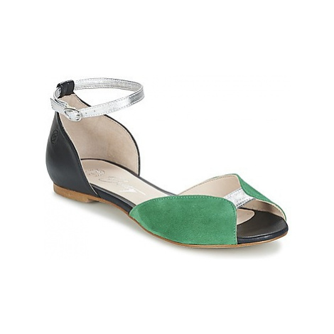 Betty London INALI women's Sandals in Black