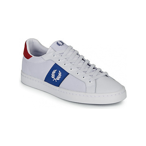 Fred Perry LAWN LEATHER / MESH men's Shoes (Trainers) in White