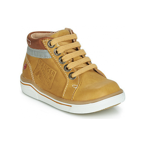 GBB QUITO boys's Children's Shoes (High-top Trainers) in Yellow
