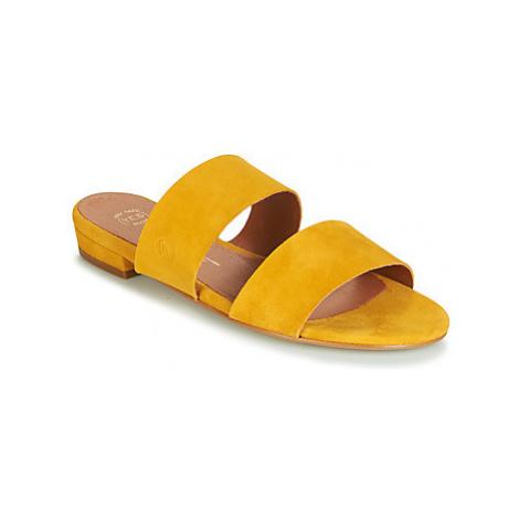 Betty London JISTINE women's Mules / Casual Shoes in Yellow