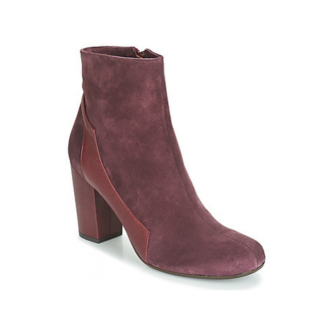 Chie Mihara TOTOR women's Low Ankle Boots in Bordeaux