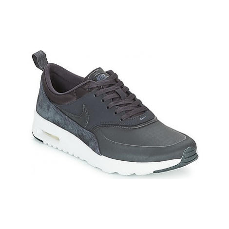 Nike AIR MAX THEA PREMIUM W women's Shoes (Trainers) in Black