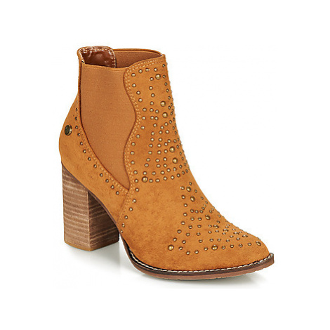 Xti AMELIO women's Low Ankle Boots in Brown