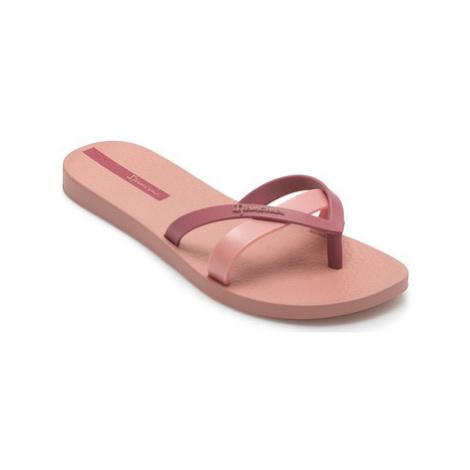 Ipanema Kirey women's Sandals in Pink
