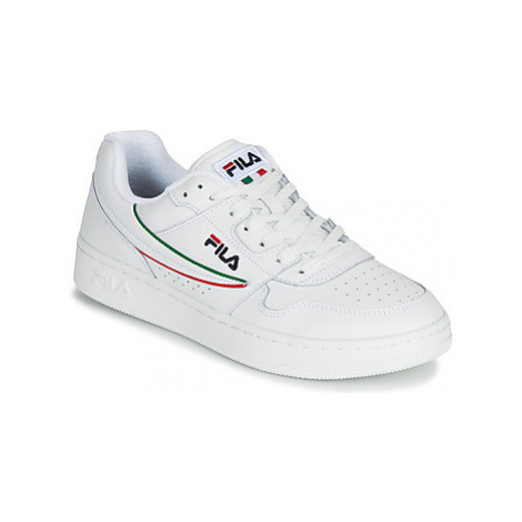Fila ARCADE F LOW men's Shoes (Trainers) in White