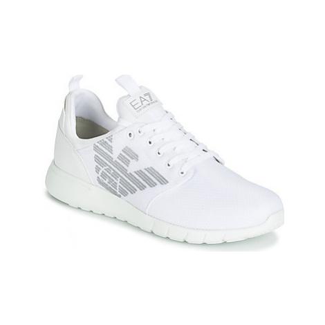 Emporio Armani EA7 SIMPLE RACER CC U women's Shoes (Trainers) in White