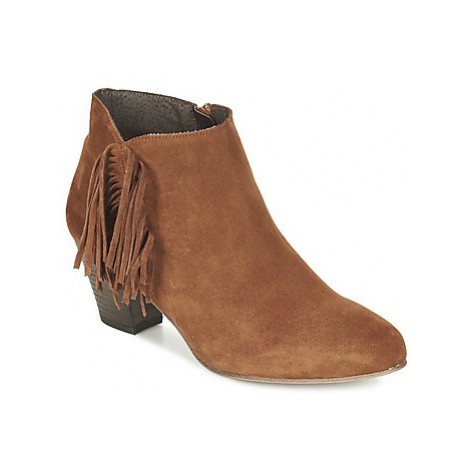 Betty London FIANIDE women's Low Ankle Boots in Brown