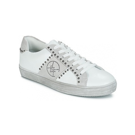 Chattawak BRESCIA women's Shoes (Trainers) in White