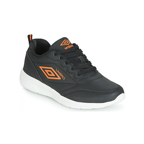 Umbro HERNAM LACE boys's Children's Shoes (Trainers) in Black