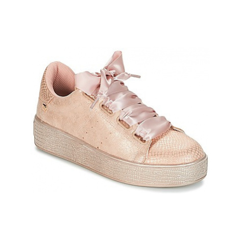 Xti FOSNOCOP women's Shoes (Trainers) in Pink