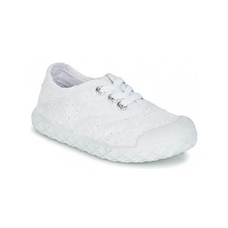 Chicco CARDIFF boys's Children's Shoes (Trainers) in White