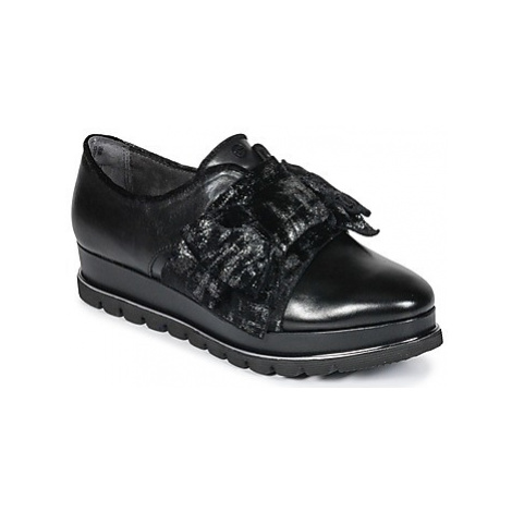 Tamaris VIVIENNE women's Casual Shoes in Black