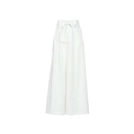 Betty London KIYTE women's Trousers in White