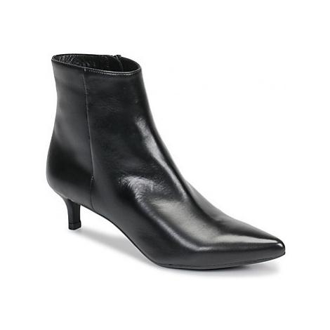 Unisa JATI women's Low Ankle Boots in Black