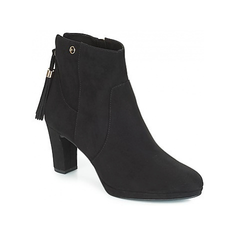Tamaris MAURA women's Low Ankle Boots in Black