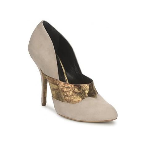 Gaspard Yurkievich O6 VAR8 women's Court Shoes in Beige