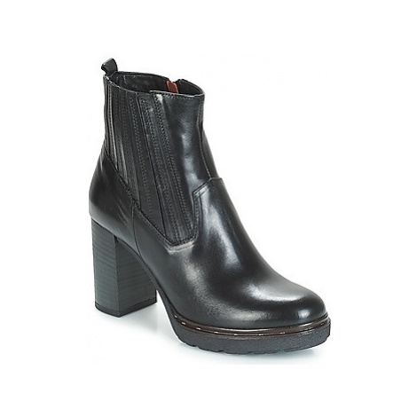 Dream in Green JERYCABE women's Low Ankle Boots in Black