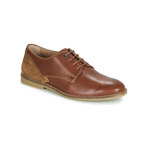 Kickers BACAR men's Casual Shoes in Brown