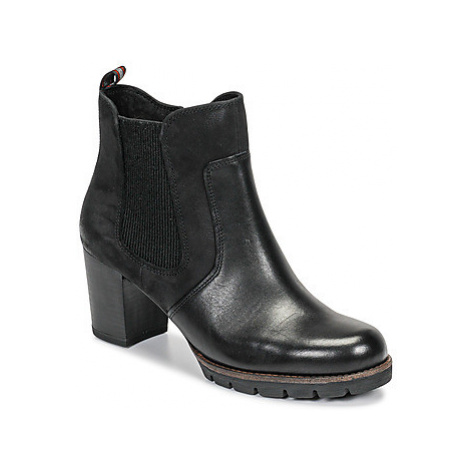 Marco Tozzi - women's Low Ankle Boots in Black