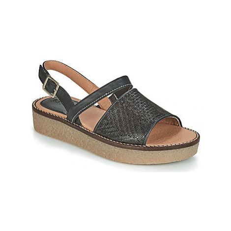 Kickers VICTORIETTE women's Sandals in Black