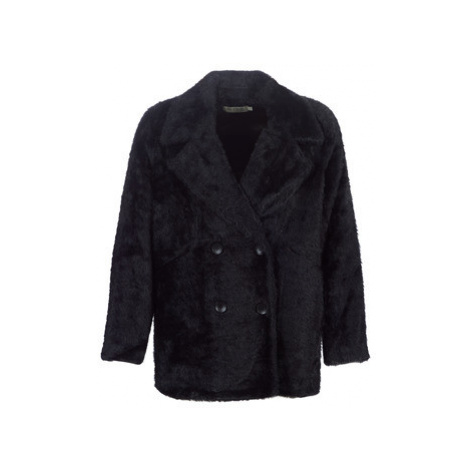 See U Soon 9261156 women's Coat in Black