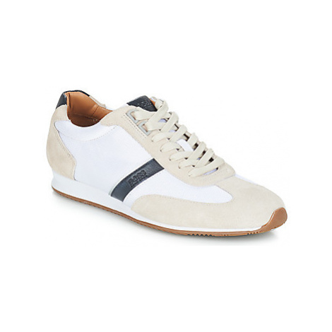 BOSS ORLANDO LOW PROFILE men's Shoes (Trainers) in White Hugo Boss