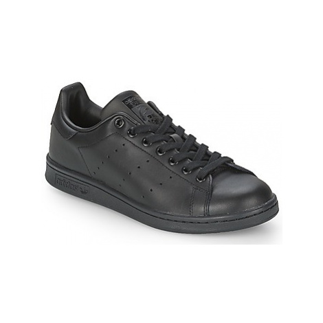 Adidas STAN SMITH women's Shoes (Trainers) in Black