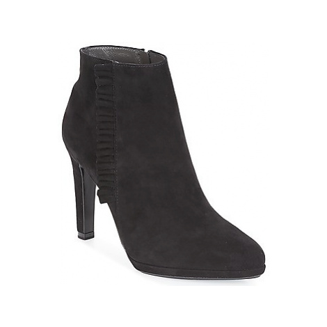 Peter Kaiser PEPINA women's Low Ankle Boots in Black
