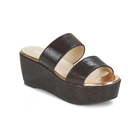 Robert Clergerie FRAZUC women's Mules / Casual Shoes in Black