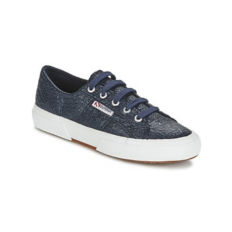 Superga 2750 COTBOUCLERBRW women's Shoes (Trainers) in Blue