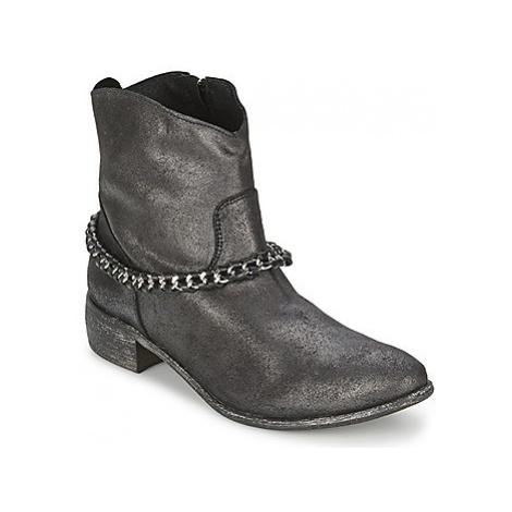 Meline VUTIO women's Mid Boots in Black