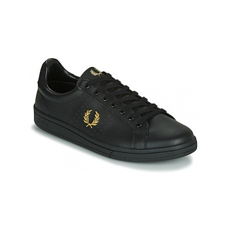 Fred Perry B721 men's Shoes (Trainers) in Black